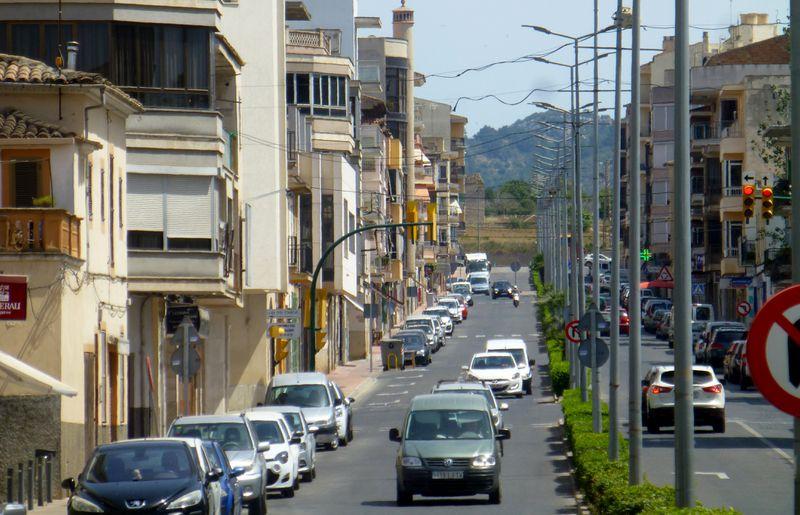 """Người đàn ông """"phát tán virus"""" - lây nhiễm COVID-19 cho 22 người - sống tại thị trấn Manacor trên đảo Mallorca, Tây Ban Nha - Ảnh:  Shutterstock"""