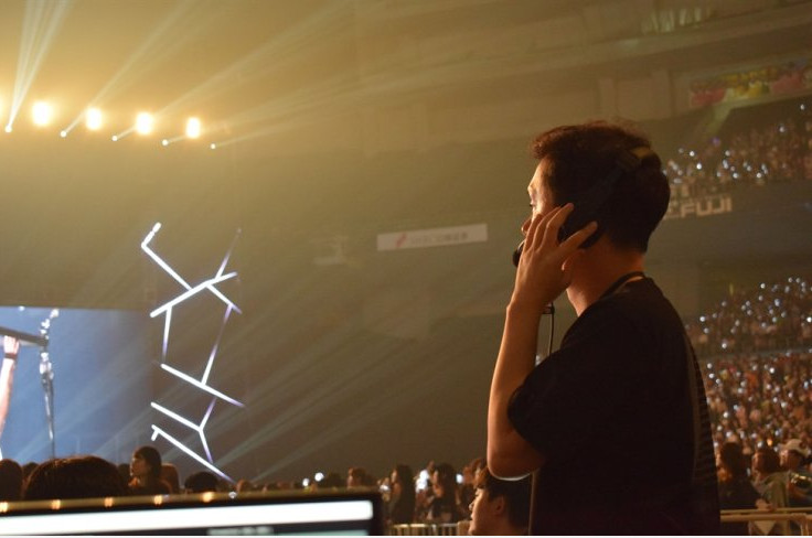 Đạo diễn Kim Sang-wook đứng sau thành công của các buổi biểu diễn của BTS.