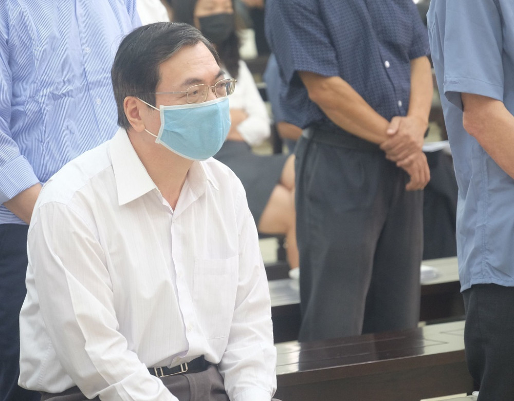 Bị cáo Vũ Huy Hoàng tại tòa