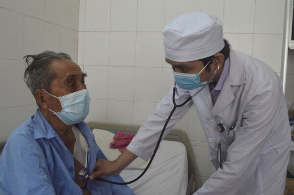 Đây là bệnh nhân cao tuổi nhất được đặt máy tạo nhịp tim tại bệnh viện đa khoa trung ương Cần Thơ
