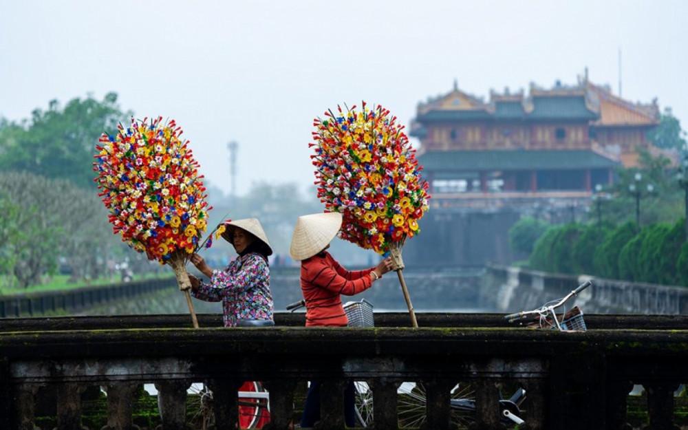 Hoa giấy Thanh Tiên là một trong những làng nghề nổi tiếng của Huế