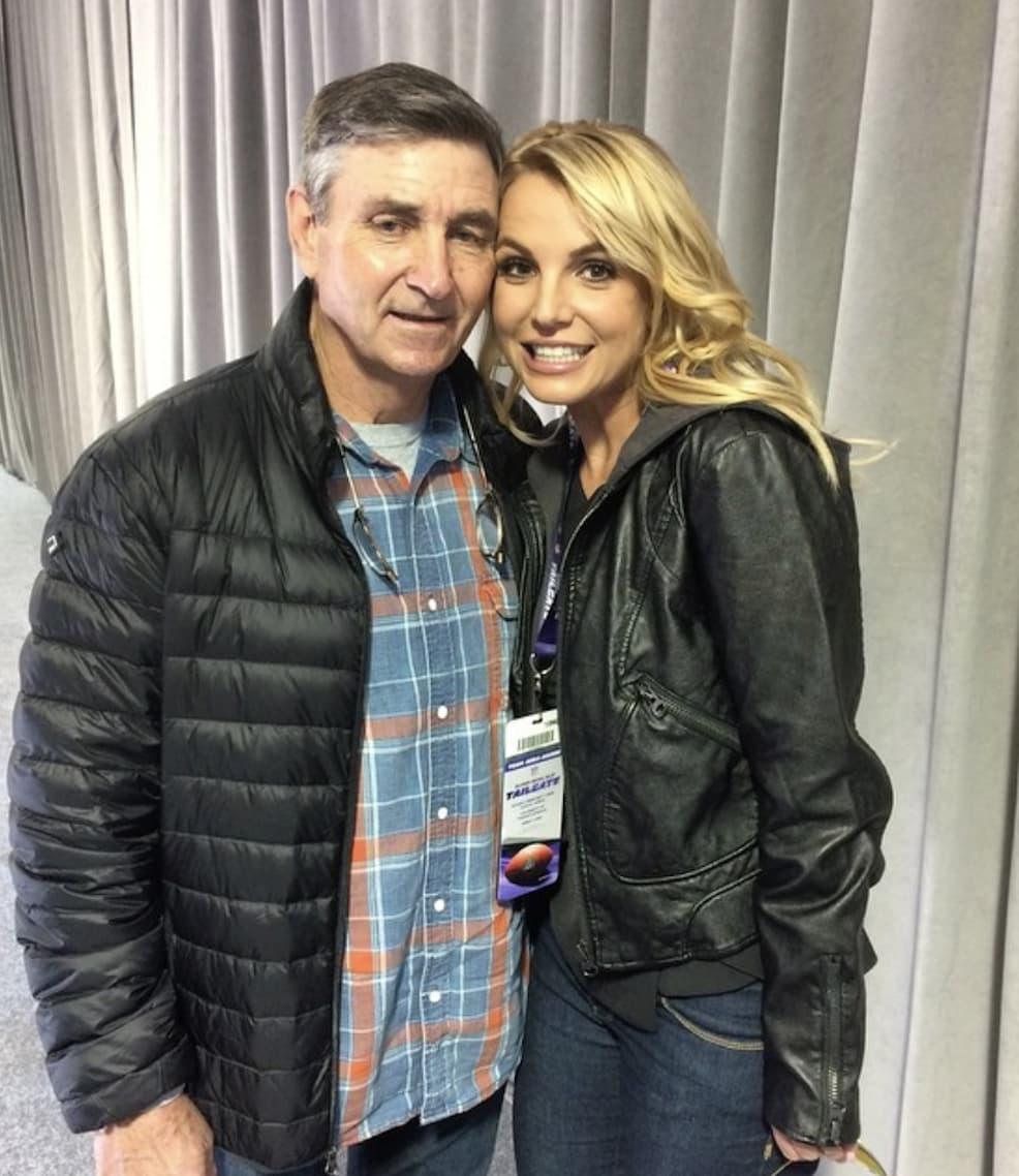 Britney Spears và cha bất hoà nhiều năm sau khi ông nhận quyền giám hộ con gái.