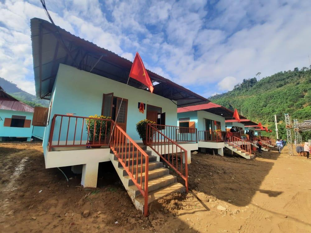 hu dân cư Bằng La được đầu tư xây dựng cho 39 hộ dân bị mất nhà trong đợt sạt lở năm 2020 với tổng kinh phí gần 6 tỷ đồn