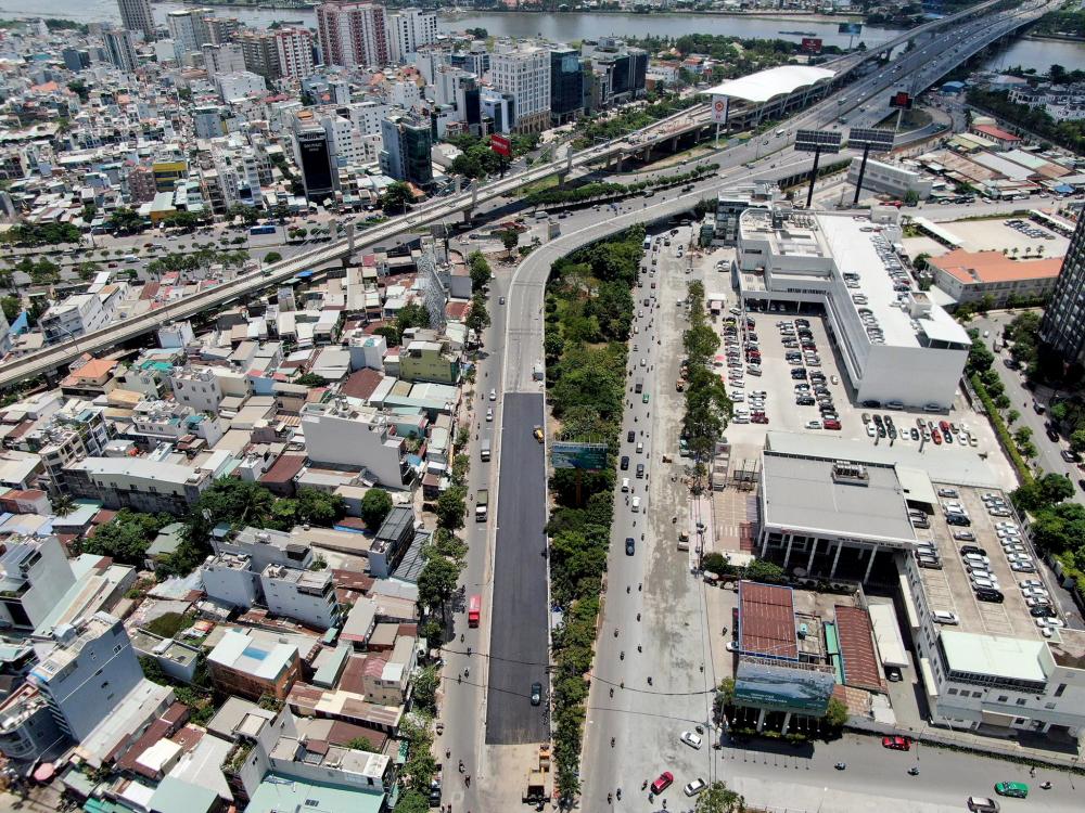 Trong ngày 30/4 hôm nay, dự án cải tạo, nâng cấp đường Nguyễn Hữu Cảnh, đoạn từ chân cầu Sài Gòn đến cầu Thị Nghè