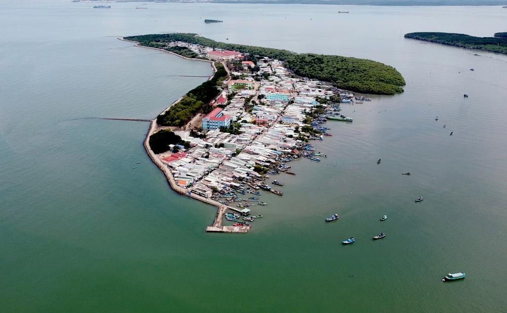Một tin vui với người dân TPHCM trước dịp lễ 30/4 là Thủ tướng đã Thủ tướng về công nhận huyện Cần Giờ đạt chuẩn nông thôn mới năm 2020 và trao quyết định công nhận Thạnh An là xã đảo thuộc TPHCM.