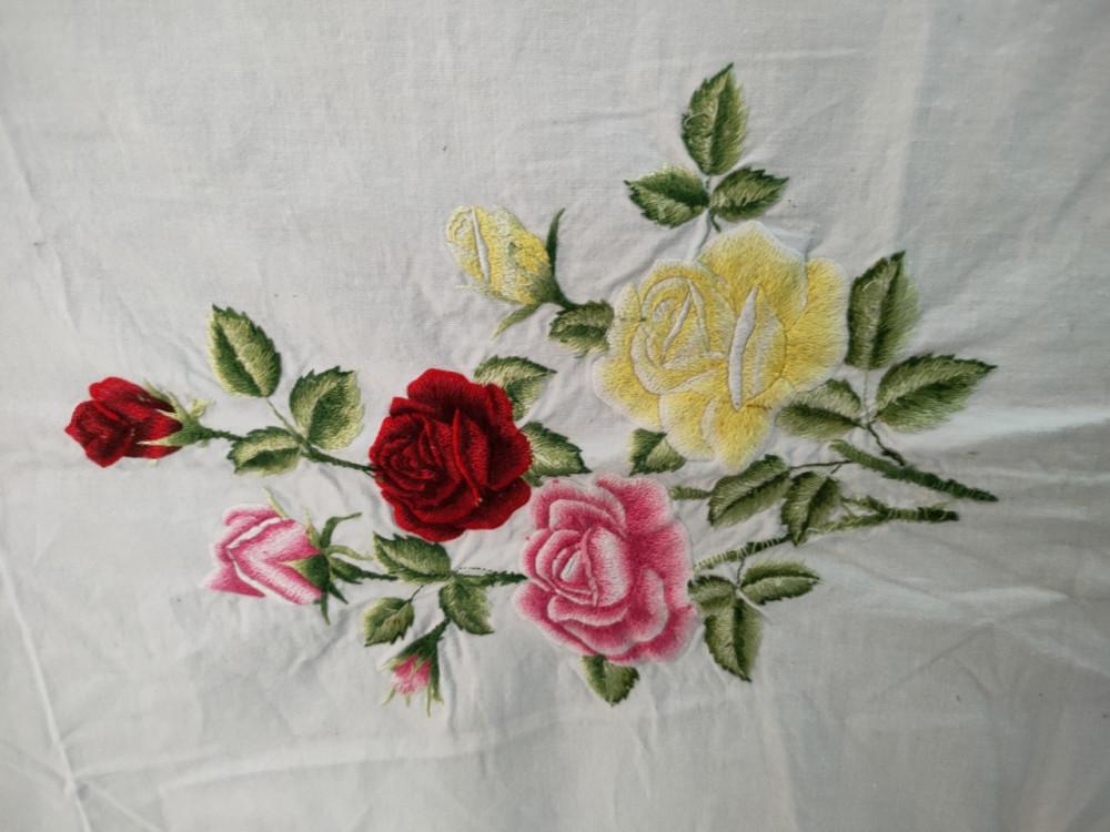 Tấm khăn thuê của nữ tử tù