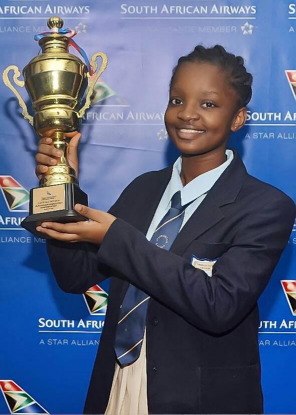 Thành tích học tập của Victory thật sự đáng nể với nhiều giải thưởng cao. Cô cũng đạt điểm số 1540/1600 cho kỳ thi SAT, một điều kiện bắt buộc để có thể nộp hồ sơ vào các trường đại học ở Mỹ
