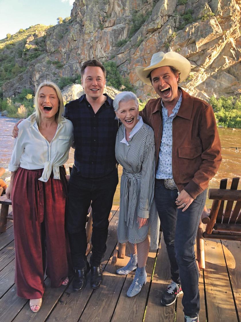 Maye Musk là mẹ của ba người con thành đạt, trong đó nổi tiếng nhất là tỷ phú Elon Musk
