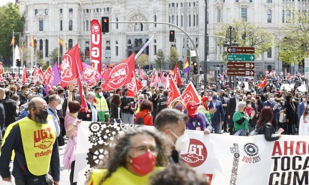 cuộc biểu tình đánh dấu Ngày Quốc tế Lao động ở Madrid, Tây Ban Nha.