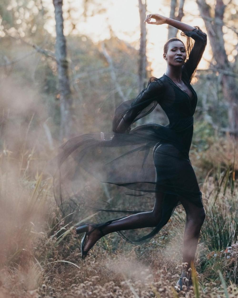 Cô cao đến 1m83, sở hữu thân hình săn chắc và làn da trông khoẻ khoắn nên thường được chọn làm người mẫu trình diễn, chụp ảnh thời trang cao cấp. Nova Stevens làm người mẫu từ nhỏ. Đây cũng là công việc giúp cô có nguồn thu nhập tương đối để duy trì cuộc sống.
