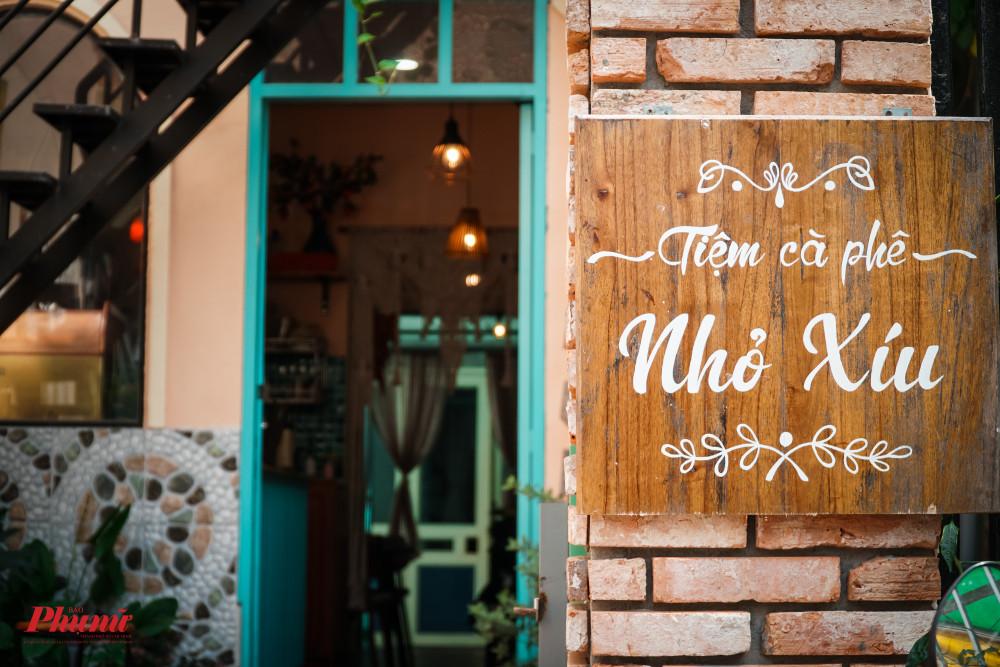 Tiệm cà phê là công sức của anh Lâm và một người chị tâm huyết với ngành thức uống dựng nên