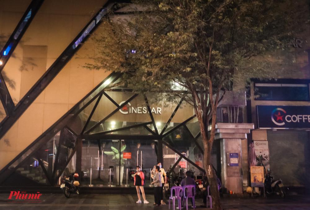 Một rạp phim trên đường Hai Bà Trưng (Quận 1) đã tạm ngừng hoạt động