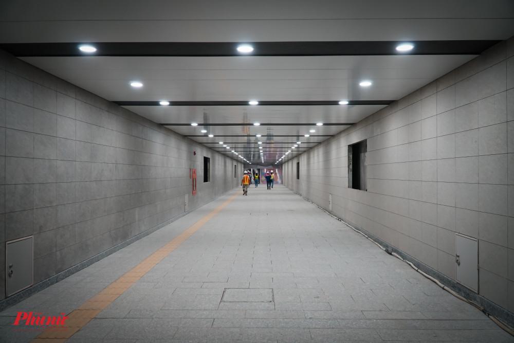 Lối đi và hệ thống chiếu sáng đã hoàn thành