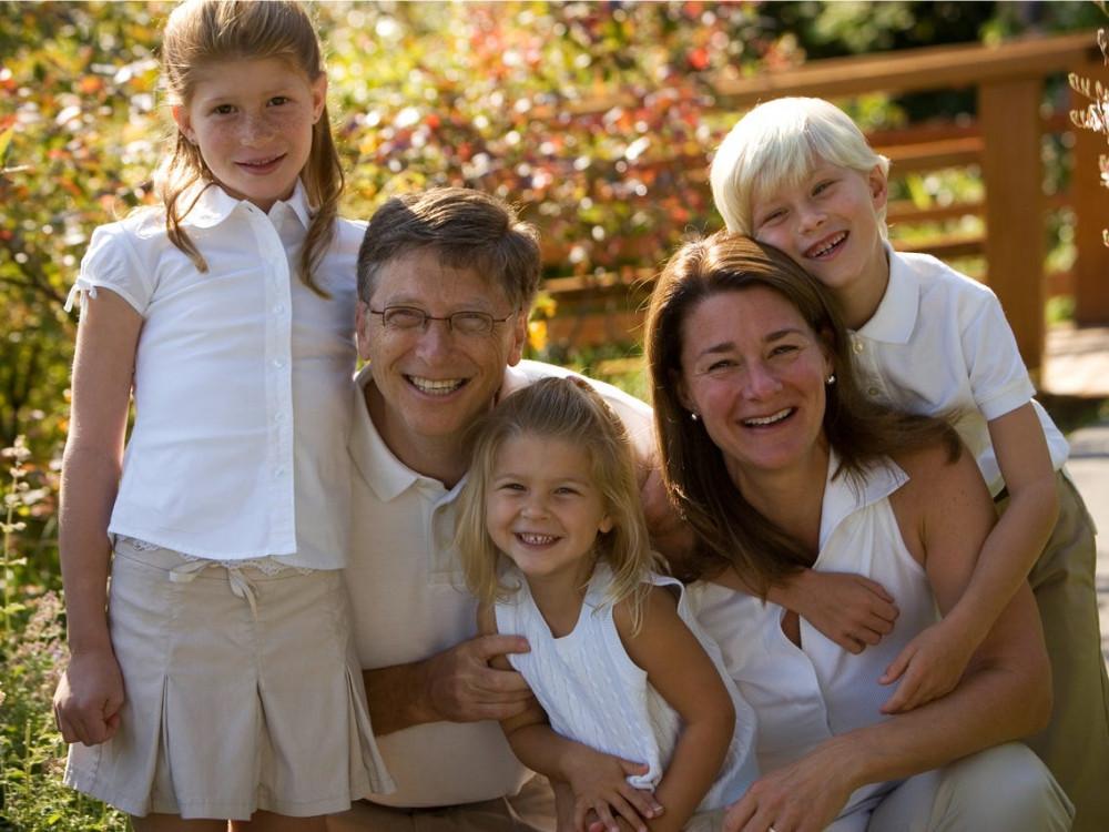 Gia đình Bill Gates khi các con còn nhỏ.
