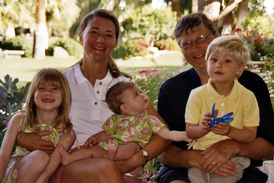 Melinda luôn mong sẽ giáo dục, nuôi dưỡng con như những gia đình bình thường, giúp con luôn cảm nhận được tình yêu thương từ bố mẹ.