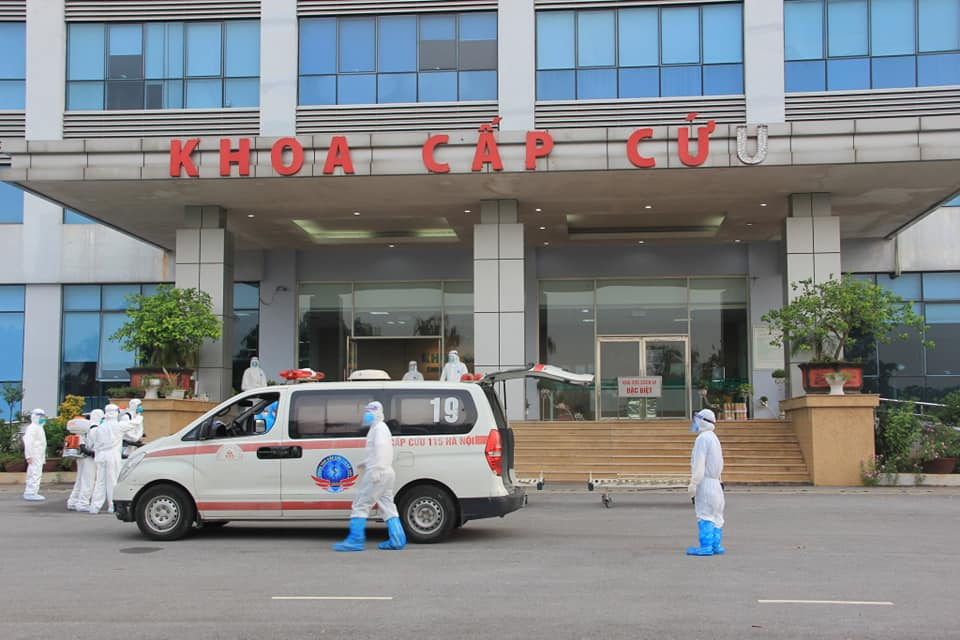 Bệnh viện Bệnh Nhiệt đới Trung ương ghi nhận 10 bác sĩ dương tính
