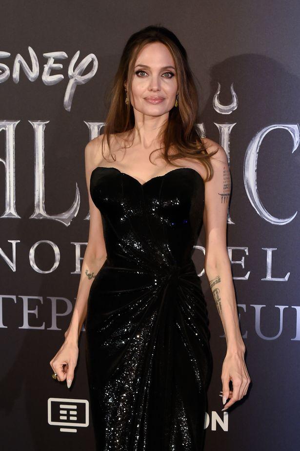 Angelina Jolie cho biết  tiếp cận gần hơn với ngành công nghiệp điện ảnh xứ kim chi trong tương lai.