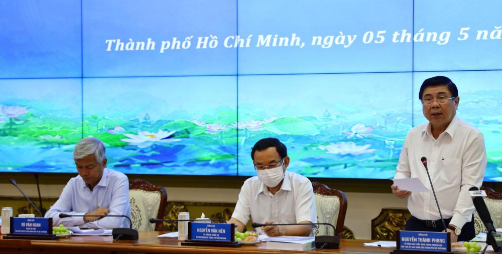 Ủy viên Trung ương Đảng, Phó bí thư Thành ủy, Chủ tịch UBND TPHCM phát biểu tại hội nghị
