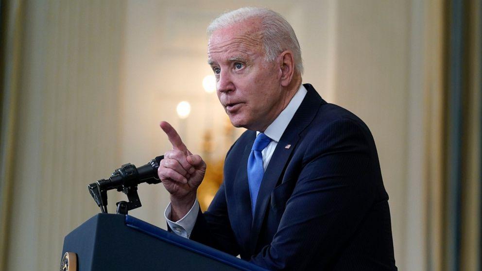 Chính quyền Tổng thống Biden ủng hộ từ bỏ các quy tắc sở hữu trí tuệ đối với vắc-xin.