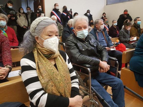 Bà Trần Tố Nga tại phiên xử đầu tiên ở toà Ivry, tỉnh Esson (phía Nam Paris), Pháp vào ngày 25/1/2021.