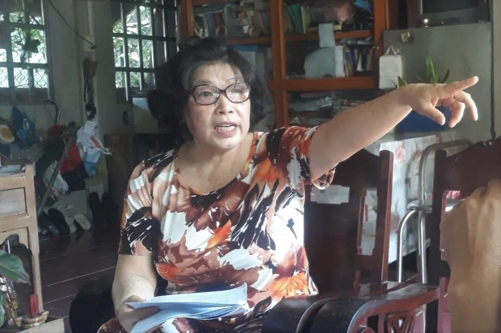 Bà Mười cho biết gia đình hiện gặp nhiều khó khăn do các cấp chính quyền địa phương vẫn chưa thực hiện bản án của TAND cấp cao