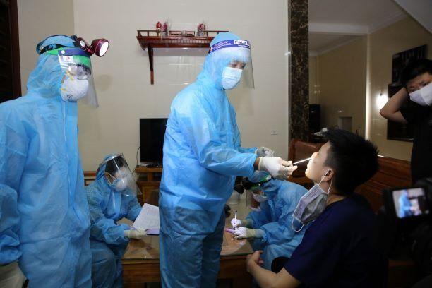 Các trường hợp F1 liên quan đến 2 ca bệnh ở Hà Tĩnh đều có kết quả xét nghiệm âm tính lần 1