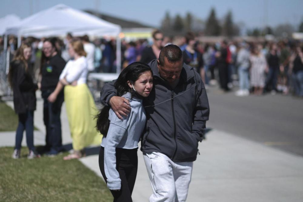 Vụ nổ súng xảy ra khoảng 9 giờ sáng tại hành lang của trường - Ảnh: ABC News