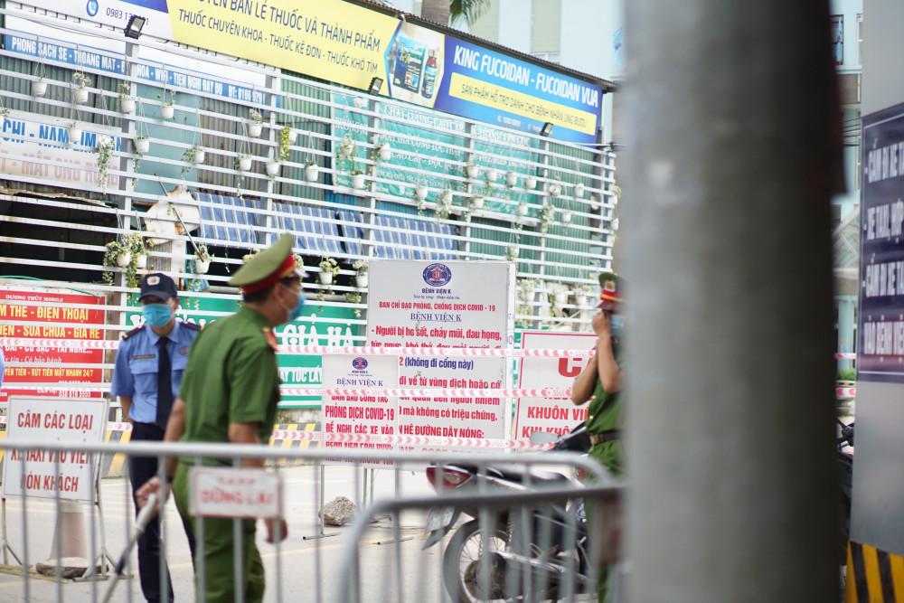 Nguyên nhân chính do Bệnh viện K cơ sở Tân Triều phát hiện nhiều ca dương tính với SARS-CoV-2.