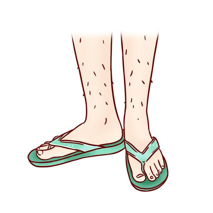 8. Đế dài hơn nhiều so bàn chân: Đế dài quá mức là đặc điểm chung của dép tông và xăng đan. Với những đôi dép như vậy, khoảng cách giữa các đầu ngón chân và mép trước của đế thường rộng quá mức hợp lý (để tạo sự thoải mái). Bình thường, khoảng cách đó không được quá 1.016cm. Đôi giày, dép như vậy sẽ tạo sự an toàn khi sử dụng cho bạn. Đồng thời hạn chế gây ra các bệnh về mô và khớp.