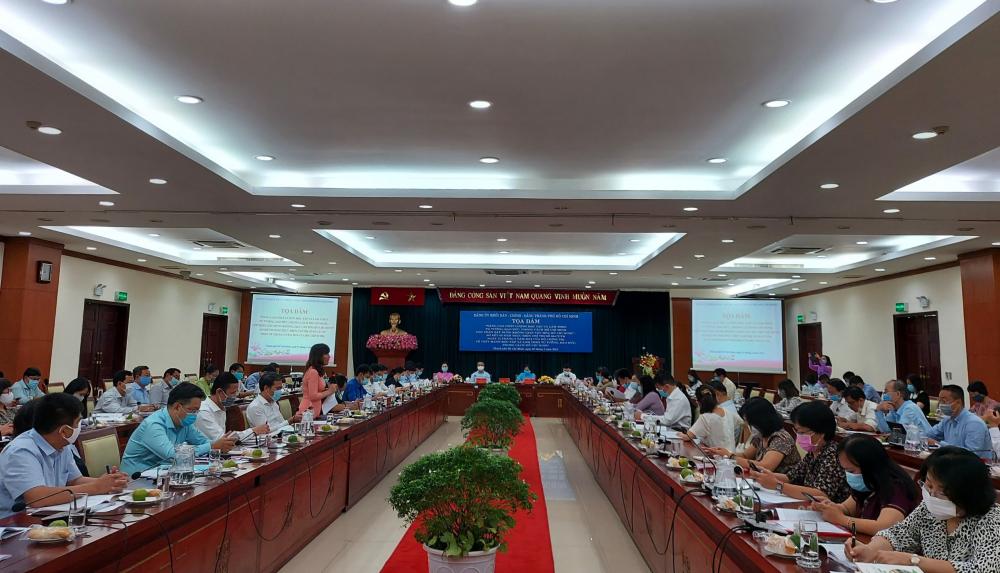 Toàn cảnh tọa đàm về xây dựng không gian văn hóa Hồ Chí Minh.