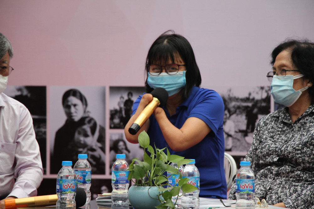 Cô Trần Thị Mỹ Quyên - nạn nhân chất độc da cam cũng góp sức, tiếng nói trong chương trình.