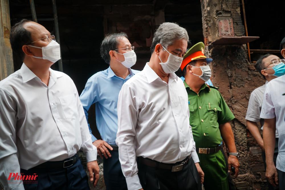 Ông Ngô Minh Châu - Phó chủ tịch UBND TPHCM chỉ ra nhiều điểm bất cập nơi xảy ra hỏa hoạn