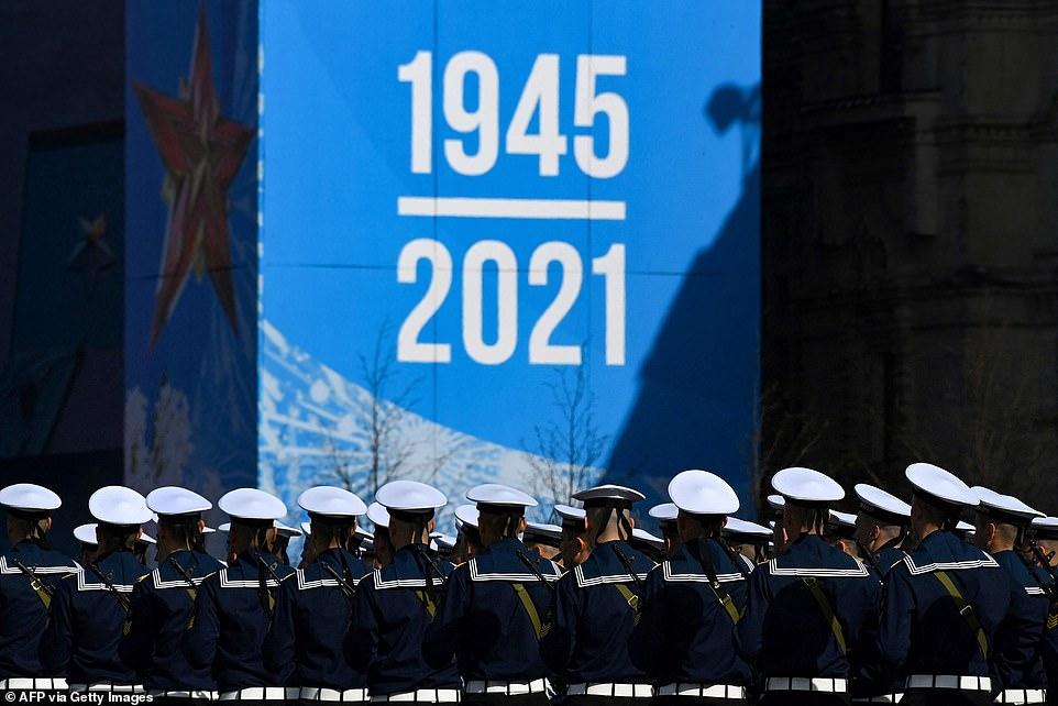 Các binh sĩ hải quân Nga tham gia cuộc diễn tập