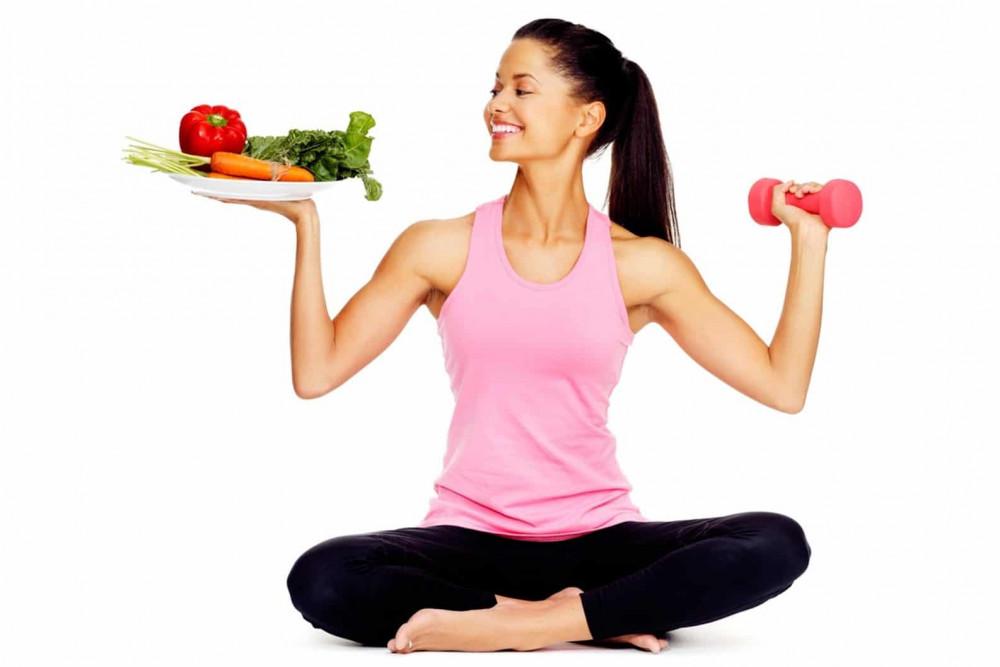 Chế độ ăn uống và luyện tập không đem lại vòng eo thon thì chị em có thể tìm đến phẫu thuật thẩm mỹ