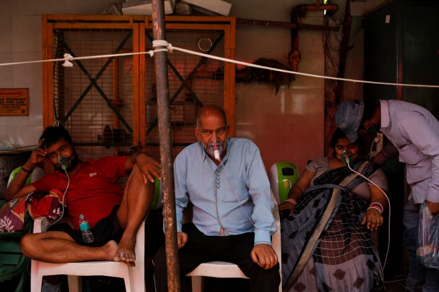 Đại dịch khiến hơn 230 triệu người Ấn rơi vào nghèo đói