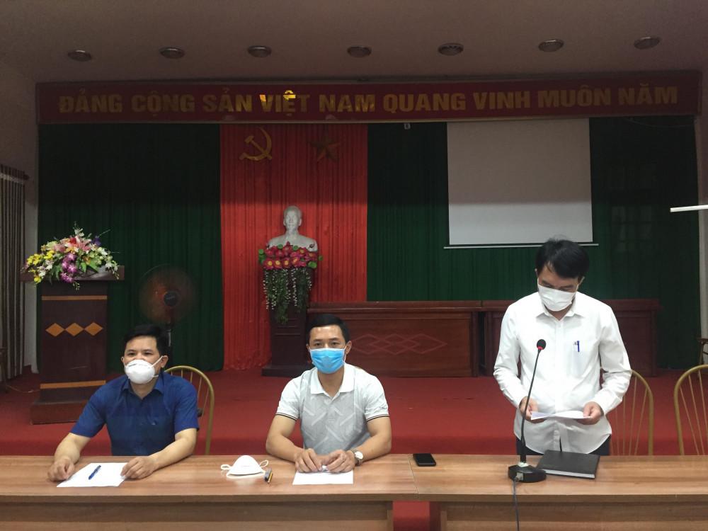 UBND huyện Phúc Thọ họp khẩn về phòng chống dịch COVID-19
