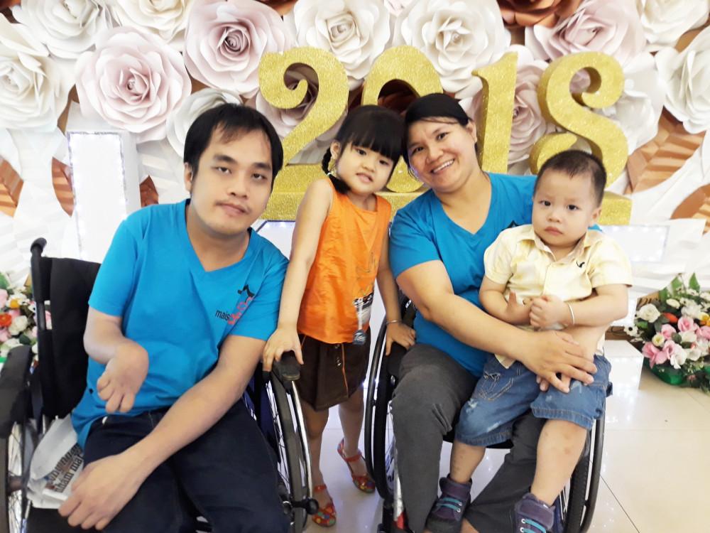 Gia đình hạnh phúc của chị Nguyễn Thị Mỹ Ngọc và anh Nguyễn Ngọc Hân