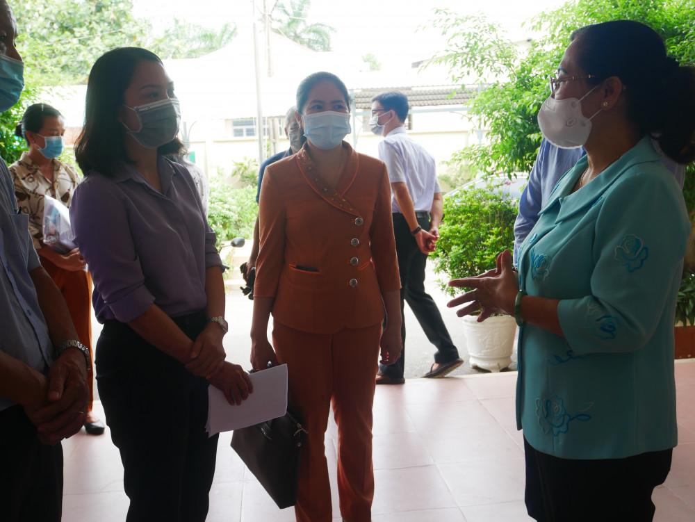 Trao đổi với lãnh đạo P.Tăng Nhơn Phú B về công tác tổ chức bầu cử