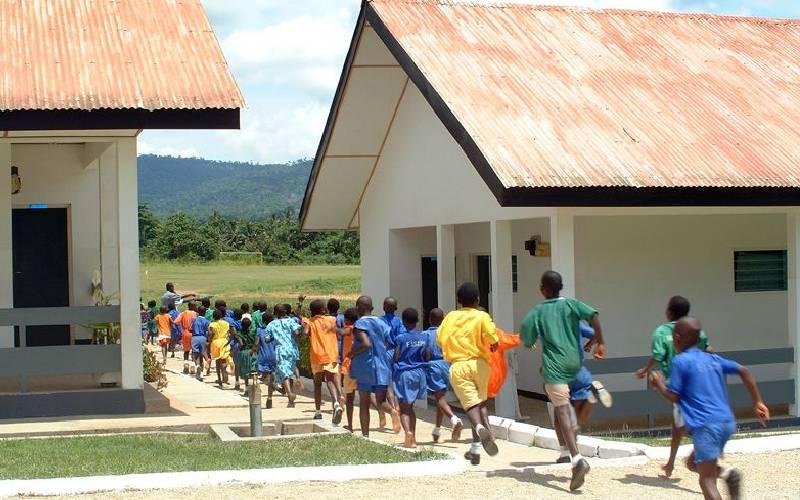 Nhiều trường hợp trẻ em sinh sống trong Làng trẻ em SOS đã bị xâm hại và ngược đãi - Ảnh: The Standard