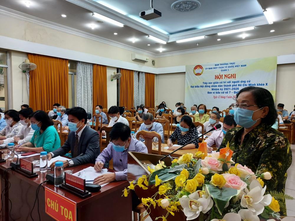Cử tri Nguyễn Thị Đẹp mong muốn đảm bảo tình hình chính trị, an ninh trật tự cho TP.