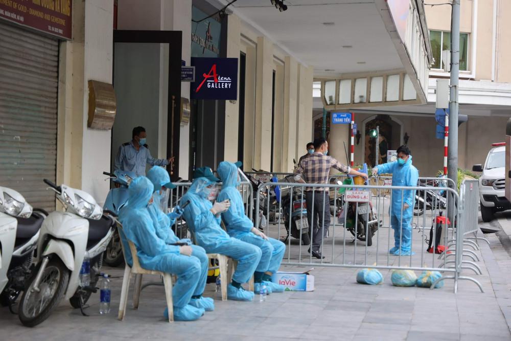Sau khi từ Đà Nẵng về, đôi vợ chồng này không khai báo y tế theo quy định của Ban Chỉ đạo Phòng chống dịch COVID-19 thành phố Hà Nội.