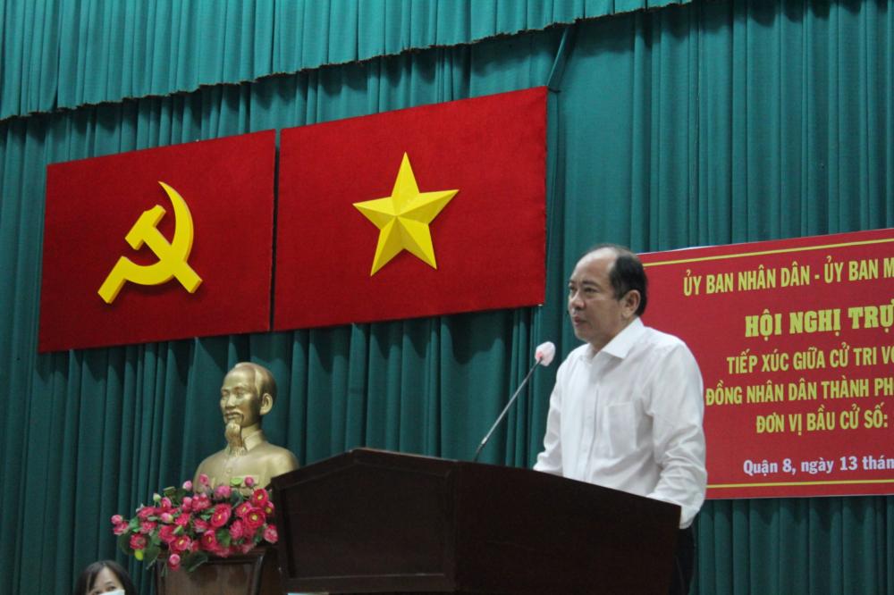 Phó Giám đốc Sở Y tế TPHCM Tăng Chí Thượng quan tâm nâng cao chất lượng chăm sóc sức khỏe cho người dân.