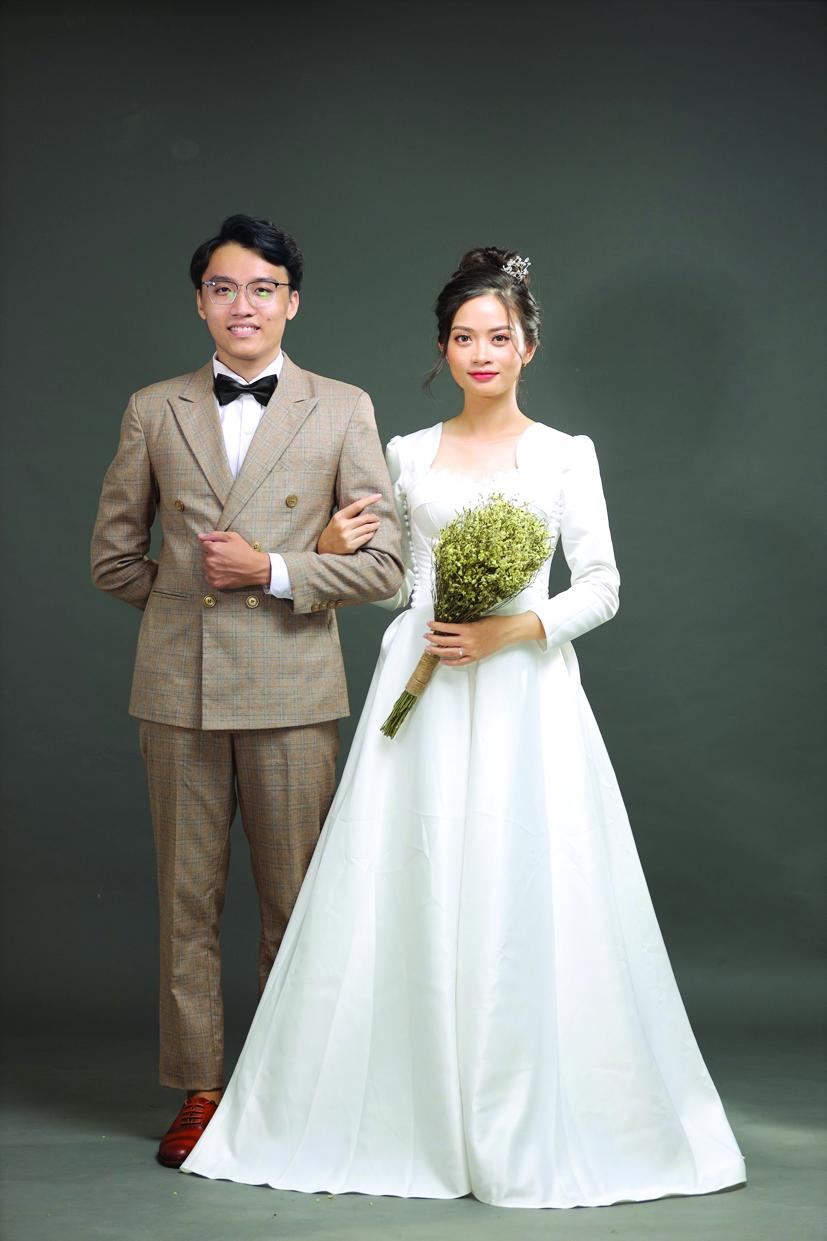 Đám cưới của Đỗ Thùy Nguyên (25 tuổi)  và Lê Nguyễn Anh Kiệt (24 tuổi) ở TP.Đồng Xoài, Bình Phước được ấn định vào ngày 7/5/2021 nhưng cặp đôi quyết định tạm hoãn