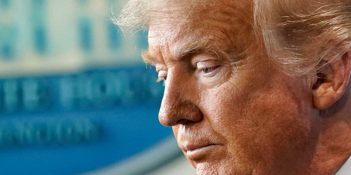 Cựu Tổng thống Donald Trump, một chính trị gia gây nhiều tranh cãi trong nội bộ đảng Cộng hòa - Ảnh: AP