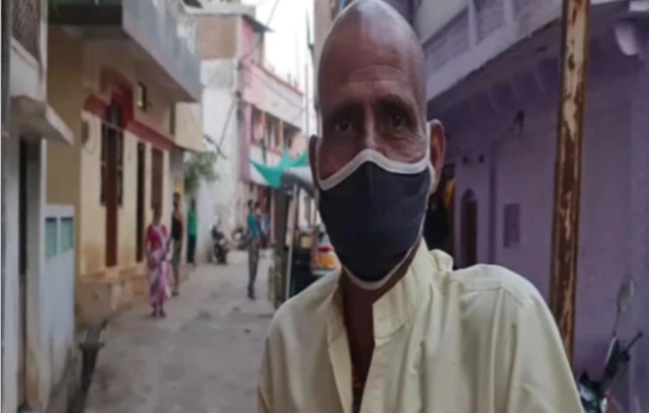 Ông Ravi Prasad Mali  một mình đạp xe liên tục suốt 13 tiếng để về làng để tang cho vợ