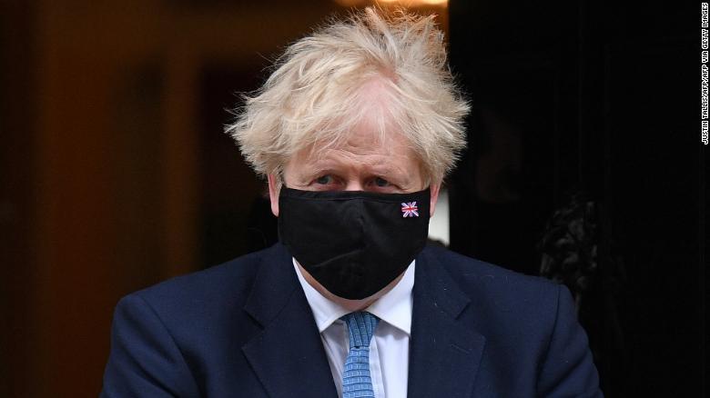 Thủ tướng Boris Johnson lo lắng khi biến thể B.1.617 của Ấn Độ lan rộng tại Anh