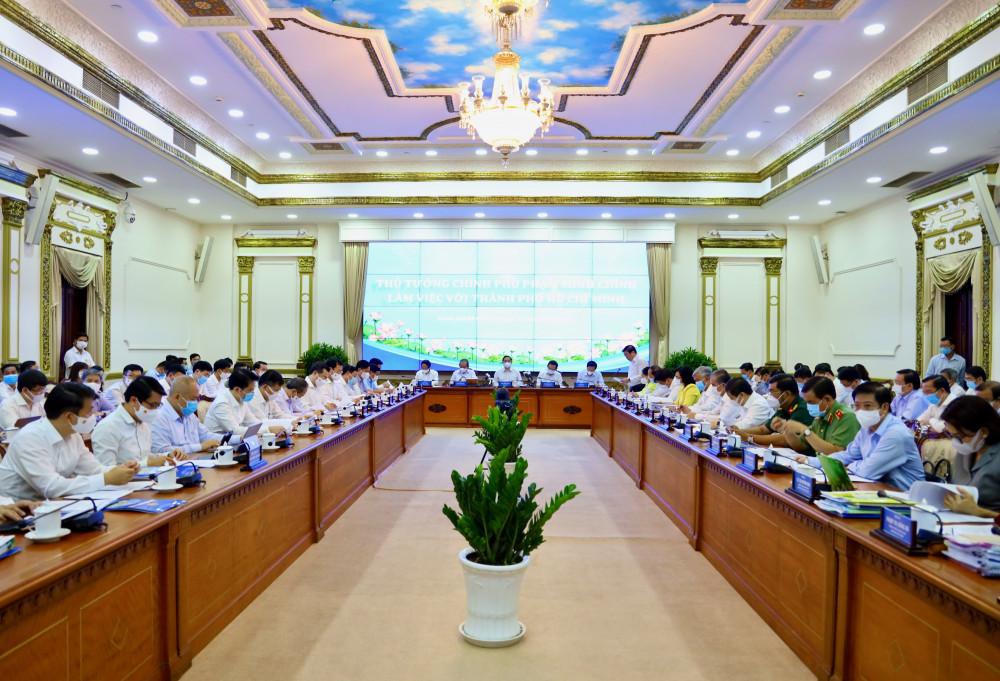 Quang cảnh phiên làm việc giữa đòn công tác do Thủ tướng Chính phủ dẫn đầu tại TPHCM