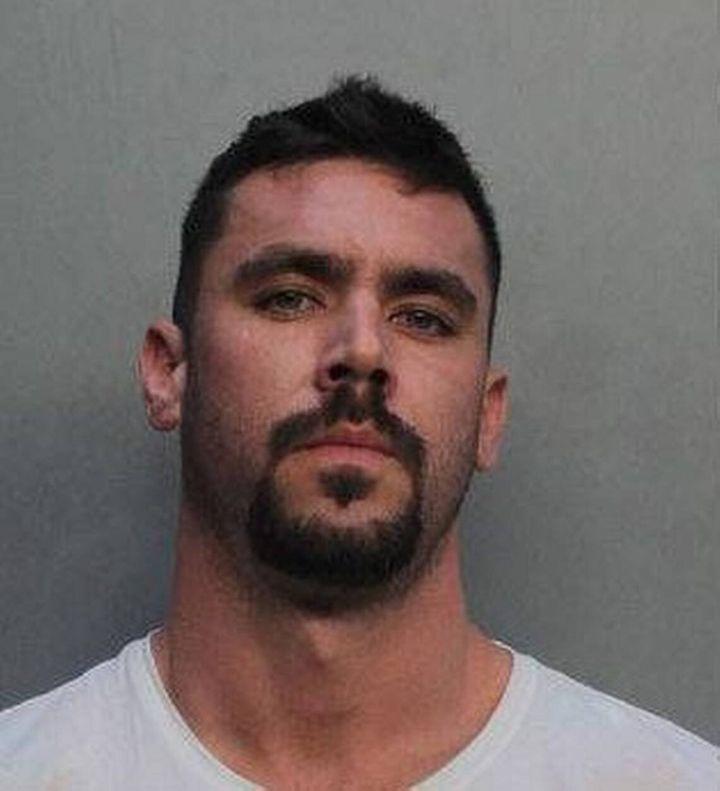 David Hines đã phải trả giá quá đắt – 6 năm tù – sau khi mua xe hơi thể thao Lamborghini sang trọng từ 4 triệu USD lừa đảo từ tiền hỗ trợ doanh nghiệp bị tác động bởi COVID-19 - Ảnh: Miami-Dade County Corrections