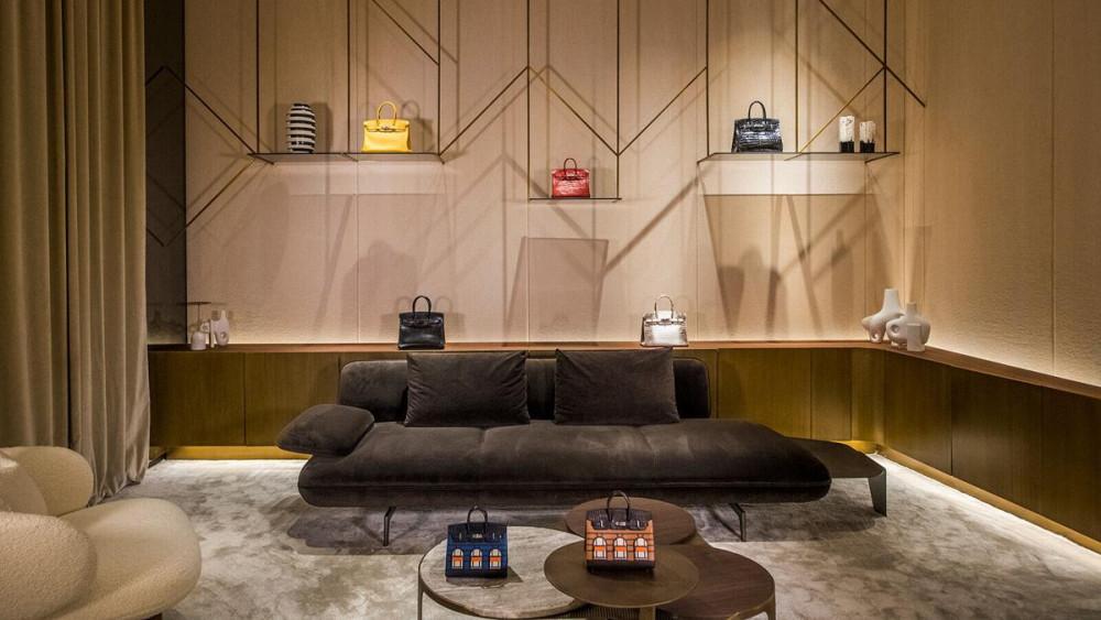 Nhiều người mua túi Hermès như một cách đầu tư cho hình ảnh và không lo mất giá khi bán lại.