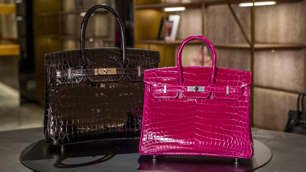 Những chiếc túi Birkin là khao khát của nhiều người đẹp mê hàng hiệu.